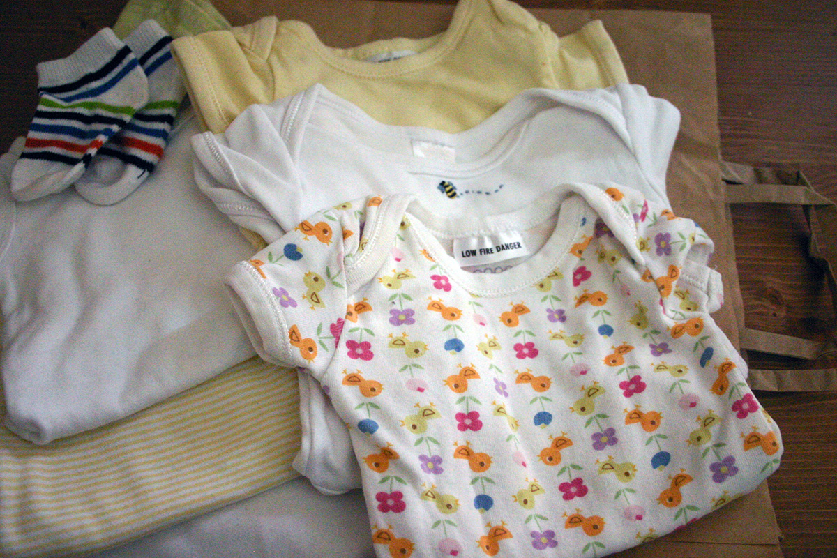 Where To Sell And Buy Pre Loved Baby Clothes A Little Change
